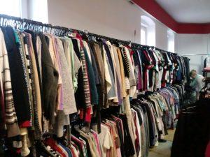 Family Shop - odzież używana - lumpeks
